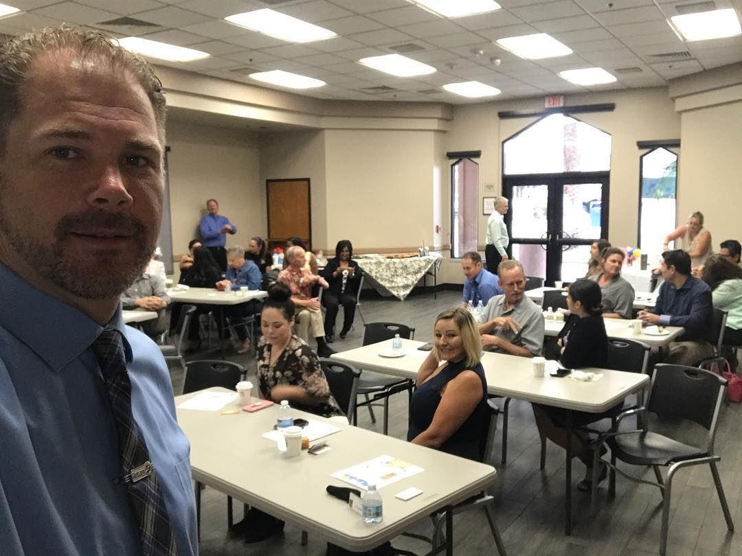 Zeb Welborn Speaking in Loma Linda about the Do's and Don'ts of Social Media Marketing with the Loma Linda Chamber of Commerce